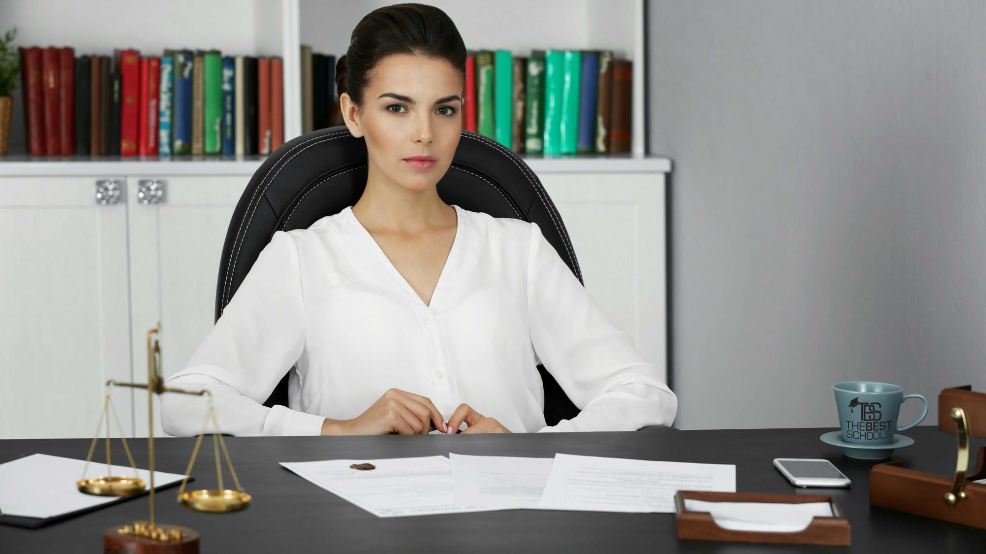 Earn A Degree In Paralegal Studies